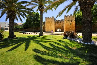 POR6569AW Lagos castle. Algarve, Portugal