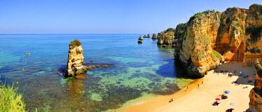 POR6571AW Dona Ana beach. Lagos, Algarve. Portugal