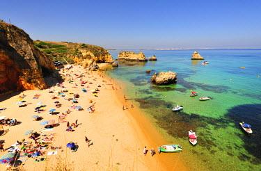 POR6572AW Dona Ana beach. Lagos, Algarve. Portugal