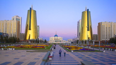 Kazakhstan, Astana, The Ak Orda Presidential Palace of President Nursultan Nazarbayev and the twin golden conical business centres the southern one contains the headquarters of Samruk-Kazyna Kazakhsta...
