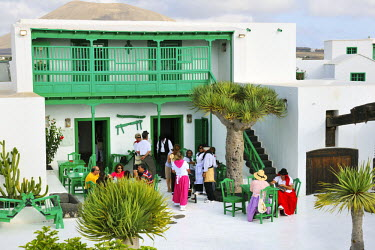 SPA3974AW Romeria (pilgrimage) de Nuestra Senora de las Dolores (Lady of the Volcanoes). People come walking from all the island and bring food offers for the disadvantaged. Lanzarote, Canary Islands
