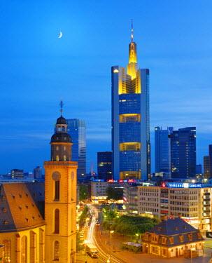 GER0816AW Germany, Hessen, Frankfurt Am Main, City skline with St.Katherines church