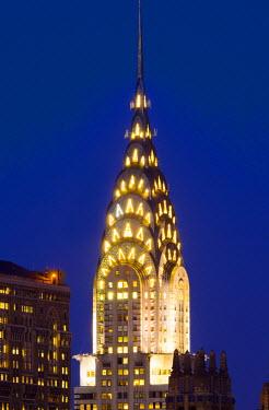 US60050 USA, New York, Manhattan, Midtown, Chrysler Building in centre