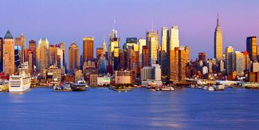 US60195 Manhattan, view of Midtown Manhattan across the Hudson River, New York, USA