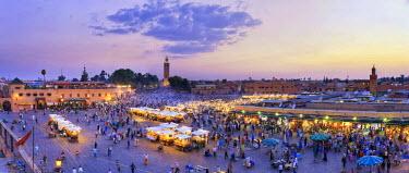 MC01160 Morocco, Marrakech, Djemaa el-Fna Square