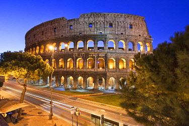 IT9924AW The Colosseum, roman forum, Rome, Lazio, Italy, Europe.