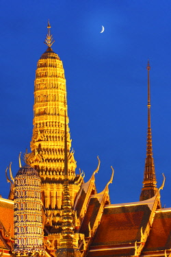 THA0360AW Thailand, bangkok, Grand Palace, Wat Phra Kaeo at night