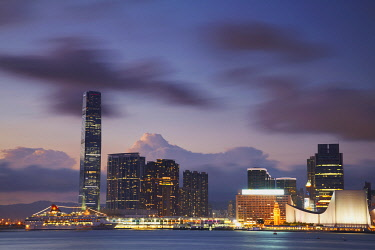 CH9706AW International Commerce Center (ICC) and Tsim Sha Tsui at dusk, Kowloon, Hong Kong, China