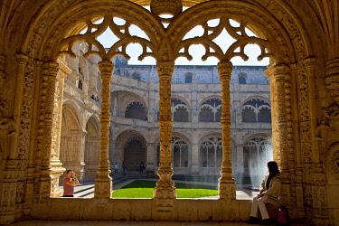 POR6646 Mosteiro dos Jeronimos, Hieronymites Monastery, Late Gothic period, Belem, Lisbon