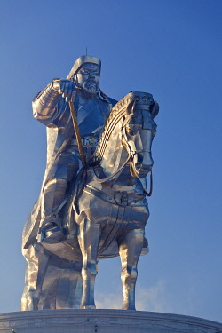 MON1233AW Mongolia, Tov Province, Tsonjin Boldog. A 40m tall statue of Genghis Khan on horseback stands on top of The Genghis Khan Statue Complex and Museum.