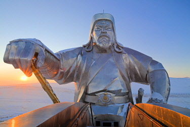 MON1237AW Mongolia, Tov Province, Tsonjin Boldog. A 40m tall statue of Genghis Khan on horseback stands on top of The Genghis Khan Statue Complex and Museum.