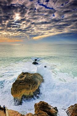POR6683AW Stormy sea in Nazare. Portugal