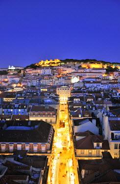 POR6760AW The historical centre and the Sao Jorge castle at dusk. Lisbon, Portugal