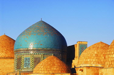 AS45_AAS0022_M Uzbekistan, Samarkand, Shah-I-Zinda, ensemble of baked bricks buildings with brick cupolas, part of the Shah-I-Zinda mausoleum, the most famous necropolis in Central Asia, also called the living king...