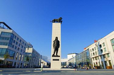 SLV1021 Europe, Slovakia, Bratislava, statue of Gen Dr Milan Rastislav Stefanik