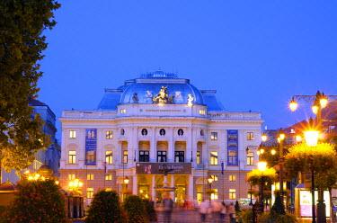 SLV1039 Europe, Slovakia, Bratislava, National Theatre