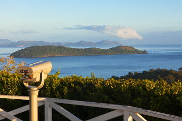 AUS1776 Australia, Queensland, Whitsundays.  View out over Whitsunday Islands from One Tree Hill lookout on Hamilton Island.