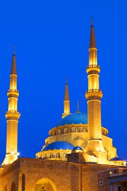 LEB0017AW Lebanon, Beirut. Mohammed Al-Amin Mosque at dusk.
