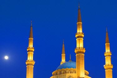 LEB0018AW Lebanon, Beirut. Mohammed Al-Amin Mosque at dusk.