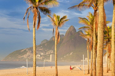 BZ01232 Brazil, Rio De Janeiro, Ipanema, View of Leblon Beach, Dois Irmaos & Gavea Hills in background