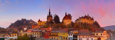 RM01305 The Medieval Old Town of Sighisoara, Transylvania, Romania