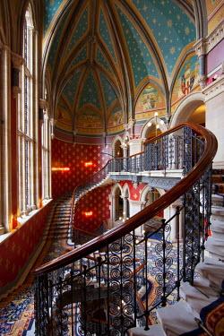 UK10559 The Grand Staircase, St. Pancras Hotel, London, England, UK