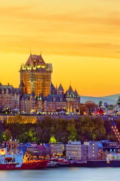 CA04091 Canada, Quebec, Quebec City, Vieux Quebec or Old Quebec across Saint Lawrence River or Fleuve Saint-Laurent