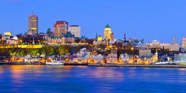 CA04087 Canada, Quebec, Quebec City, Vieux Quebec or Old Quebec across Saint Lawrence River or Fleuve Saint-Laurent
