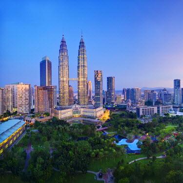 MY01246 Malaysia, Selangor State, Kuala Lumpur, KLCC (Kuala Lumpur City Centre) Petronas Towers