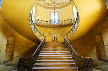 India, Andhra Pradesh, Hyderabad. The principal and once-grand staircase at the former British Residency in Hyderabad.