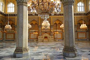 IND6859 India, Andhra Pradesh, Hyderabad. Nineteen chandeliers hang in the Durbar Hall, or Khilwat, of the restored Chowmahalla Palace which is now open to the public as a museum.