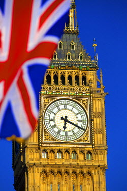 UK10578 Union Jack and Big Ben, London, England.