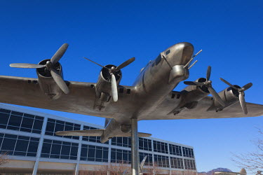 US12202 USA, Colorado, Colorado Springs, United States Air Force Academy, sculpture of World War Two-era B-17 Flying Fortress bomber