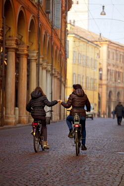 ITA1287 Modena, Emilia Romagna, Italy, Cyclists in the historical centre