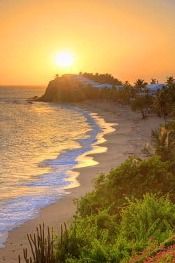 AB01050 Caribbean, Antigua and Barbuda, Curtain Bluff Beach