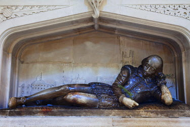 TPX32283 England, London, Southwark, Southwark Cathedral, Shakespeare Memorial Statue