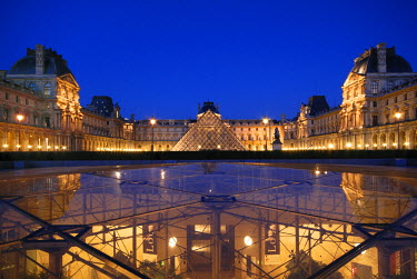 HMS186138 France, Paris, Louvre Museum and the inverted Pyramid by the architect Ieoh Ming Pei