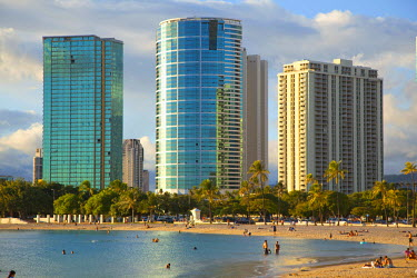 US12DPB2400 Ala Moana Beach Park, Waikiki, Honolulu, Oahu, Hawaii, USA