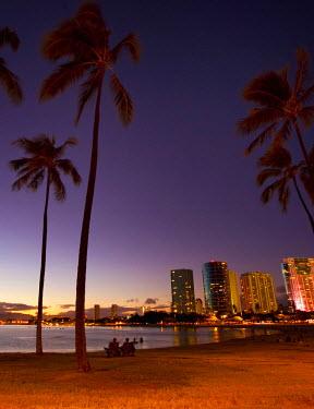 US12DPB2395 Ala Moana Beach Park, Waikiki, Honolulu, Oahu, Hawaii, USA
