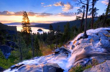 AR4374200012 Lake Tahoe, California, USA: A Beautiful Sunrise At Eagle Falls At Emerald Bay In Lake Tahoe,  California.