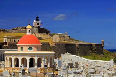 CA27KWI0006 Puerto Rico, San Juan. Seaside cemetery of Puerto Rico.