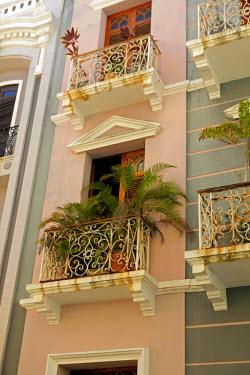 CA27KWI0020 Puerto Rico, San Juan. Facades of Old San Juan architecture of Puerto Rico.