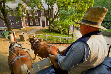 AR4407500011 Sturbridge, Mass, USA: A Living Museum Recreating Colonial Life In New England,  Old Sturbridge Village In Sturbridge,  Features An Authentic Stagecoach From The Period Which Visitors Can Ride.