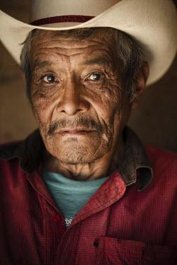 AR4465600021 Chihuahua, Mexico: Portrait (Headshot) Of The Tarahumara Runner Victoriano Churro At His House In Cerocahui,  Chihuahua,  Mexico. Victoriano Was The Fisrt Tarahumara Runner Who Conquered The Leadvile...