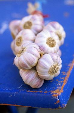 HMS232652 France, Bouches du Rhone, Marseille, european capital of culture 2013, garlic braid