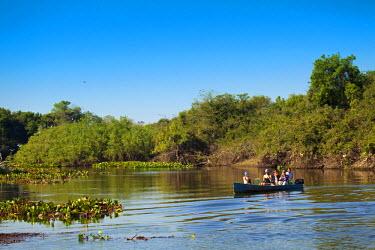 BRA0933AW South America, Brazil, Mato Grosso do Sul, ecotourists bird watching on the Rio Salobra in Miranda