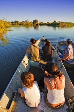 BRA0940AW South America, Brazil, Mato Grosso do Sul, bird-watchers on the Rio Miranda in the Southern Pantanal