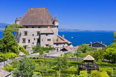 HMS577581 France, Haute Savoie, Yvoire, Leman Lake, labelled Les Plus Beaux Villages de France (the Most Beautiful Villages of France), the Castle of the 14th century and the labyrinth Garden of Five Senses (Ja...