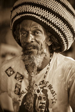 JM02140 Portrait of Jamaican Man,  Ocho Rios, St. Ann Parish, Jamaica, Caribbean (MR)