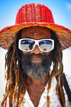 JM02222 Portrait of local craftsman, Negril, Westmoreland, Jamaica